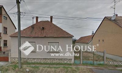 Eladó Ház, Győr-Moson-Sopron megye, Szil, Frekventált hely vállalkozásra (HŐFORRÁS) alkalmas