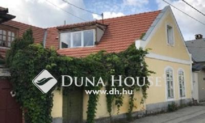 Eladó Ház, Veszprém megye, Veszprém, Kádár utca
