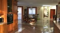 Eladó ház, Üröm, Ezüsthegyen valódi luxus 600 nm-en