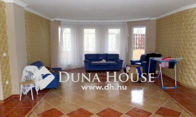 Eladó Ház, Szabolcs-Szatmár-Bereg megye, Nyíregyháza, Orosi út melleti utcában.
