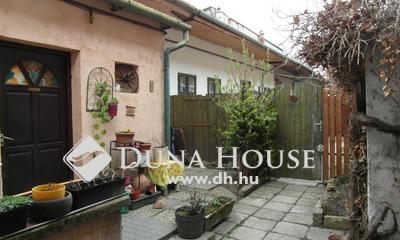 Eladó Ház, Komárom-Esztergom megye, Esztergom, Városháza