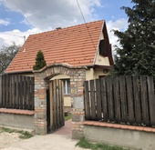 Eladó ház, Szentendre, Felújított állapot-Kitűnő elhelyezkedés!