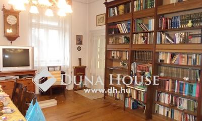Eladó Ház, Pest megye, Nagykőrös, Belváros szélén, felújítandó családi ház