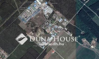 Eladó Telek, Pest megye, Felsőpakony, M0-ás közelében, ipari tevékenységre alkalmas
