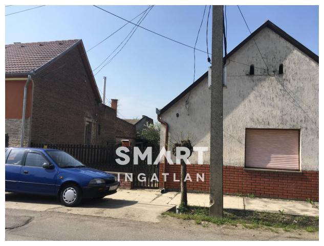 Eladó Lakás, Tolna megye, Dombóvár,