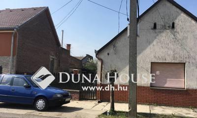 Eladó Lakás, Tolna megye, Dombóvár, Széchenyi utca