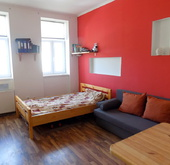 Eladó lakás, Szombathely, Azonnal költözhető garzon a belváros szélén...