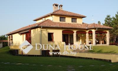Eladó Ház, Bács-Kiskun megye, Kecskemét, Ladánybenei úton - Erdős környezetben