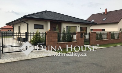 For sale house, V Dolině, Předboj