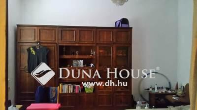 Eladó Lakás, Budapest, 22 kerület, felújítandó kertkapcsolatos lakás