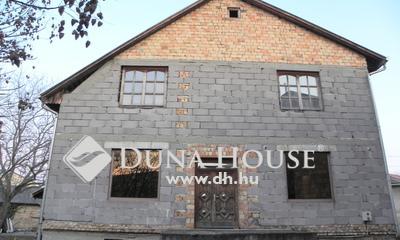 Eladó Ház, Pest megye, Üllő, Főút mentén