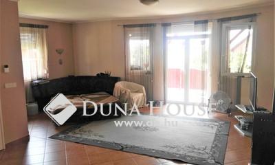 Eladó Ház, Somogy megye, Balatonszabadi, igényes házak utcájában