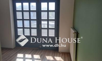Eladó üzlethelyiség, Budapest, 20 kerület, Szent Erzsébet tér
