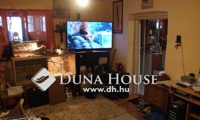 Eladó Ház, Bács-Kiskun megye, Kiskunfélegyháza, Belvároshoz közeli csendes utca