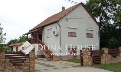 Eladó Ház, Pest megye, Tápiószele, igényes lakóház telephelynek is 1700 m2 telekkel
