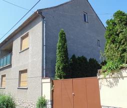 Eladó ház, Mohács