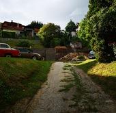 Eladó ház, Százhalombatta, Százhalombatta óvárosi részén, csendes főutcában