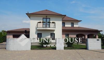 Eladó Ház, Veszprém megye, Berhida