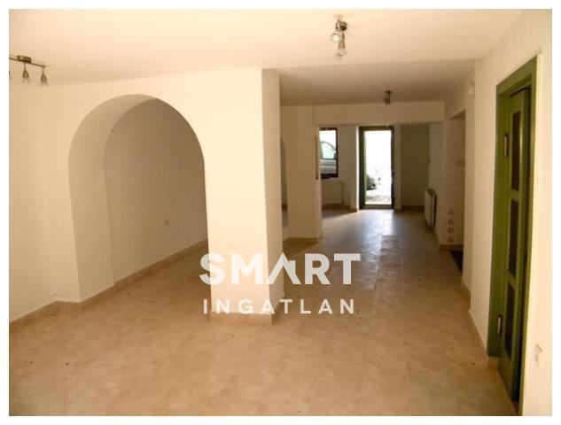 Eladó Ház, Pest megye, Szentendre, Tökéletes befektetés! Kitűnő elhelyezkedés!