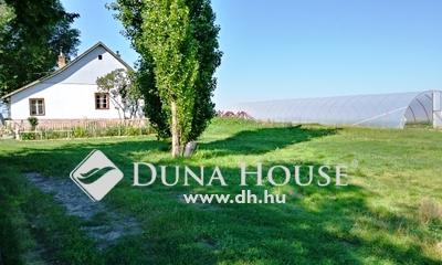 Eladó Ház, Jász-Nagykun-Szolnok megye, Jászberény, Jászboldogházi út közelében