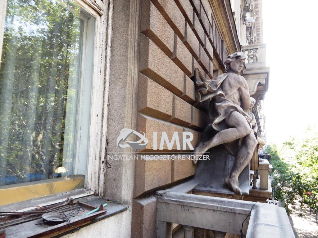 lakás - Budapest, VI. kerület