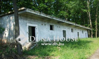 Eladó Ipari ingatlan, Komárom-Esztergom megye, Szákszend, Külterület egyéb