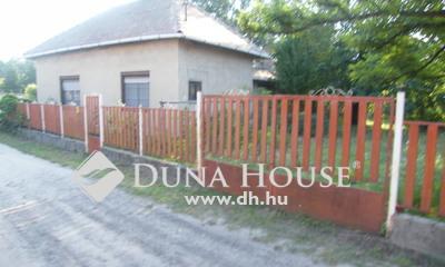 Eladó Ház, Jász-Nagykun-Szolnok megye, Cserkeszőlő, Pintér utca