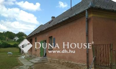Eladó Ház, Győr-Moson-Sopron megye, Románd, csendes utcában felújításra várva