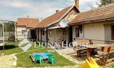Eladó Ház, Jász-Nagykun-Szolnok megye, Jászberény, Szent Imre herceg út környékén.