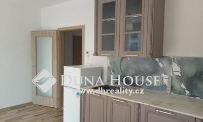 Prodej bytu, Jindřicha Bubeníčka, Praha 10 Uhříněves