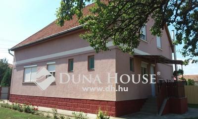 Eladó Ház, Jász-Nagykun-Szolnok megye, Jászfelsőszentgyörgy, Fő út közeli
