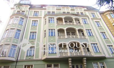 Prodej bytu, náměstí 14. října, Praha 5 Smíchov
