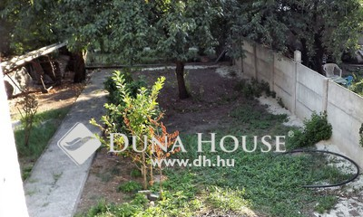 Eladó Ház, Győr-Moson-Sopron megye, Sopron, stadionnál szigetelt,belső felújítás előtt 2 szint