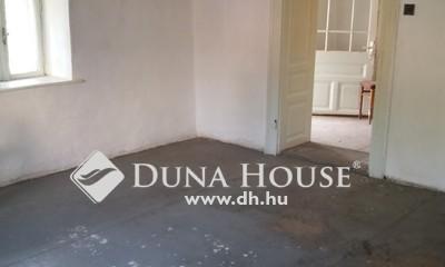 Eladó Ház, Jász-Nagykun-Szolnok megye, Jászárokszállás, Gimnázium közelében
