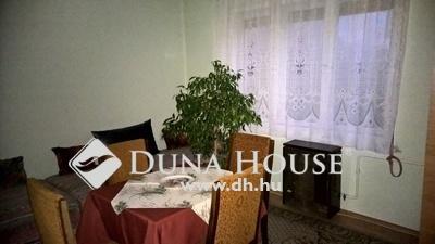 Eladó Ház, Pest megye, Vác, Deákvár , kertvárosi családi ház