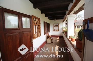 Eladó ház, Kecskemét, Budapesttől 30 percre, idilli környezetben