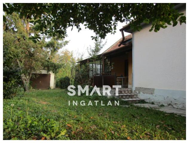 Eladó Ház, Győr-Moson-Sopron megye, Győr, Nagybácsán 76 nm-es felújítandó családi ház!