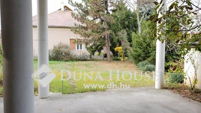 Eladó Ház, Budapest, 15 kerület, 750 m2 telken álló, 2 generációs családi ház