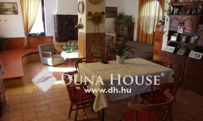 Eladó Ház, Bács-Kiskun megye, Kiskunfélegyháza, Új építésú nappali + 3 szobás családi ház