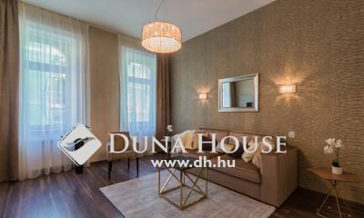 Eladó Lakás, Budapest, 7 kerület, Klauzál tér közelében, felújított 3 szobás