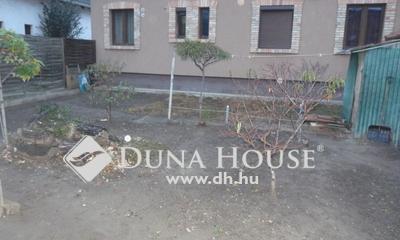Eladó Ház, Pest megye, Vecsés, Központi kis ház+telek