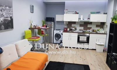 Eladó Lakás, Komárom-Esztergom megye, Tatabánya, Extra átalakított lakás, teljes bútorzattal