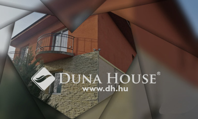 Eladó Ház, Budapest, 15 kerület, 15. kerületében, frekventált helyen, önálló ház.