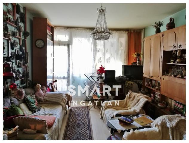 Eladó Lakás, Bács-Kiskun megye, Kecskemét, Fűrészfogasban 3 szobás erkélyes lakás