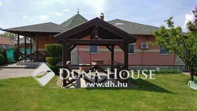 Eladó Ház, Pest megye, Tárnok, Művelődési ház