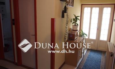 Eladó Ház, Bács-Kiskun megye, Kiskunfélegyháza, Móraváros, 4 hálószobás, 3 garázsos ház
