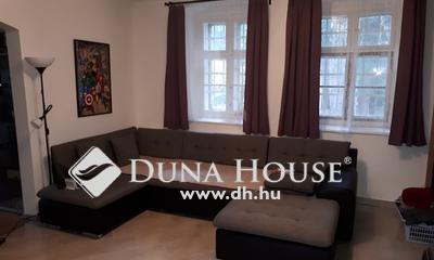 Eladó Ház, Pest megye, Pomáz, Pomáz, Teleki kastély szálló szomszédságában