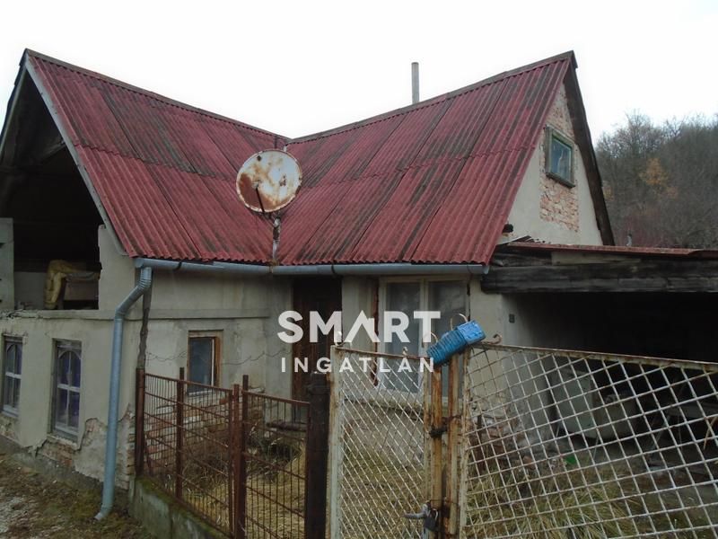 Eladó Ház, Komárom-Esztergom megye, Esztergom,