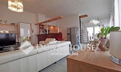 Eladó Ház, Budapest, 19 kerület, Felújított, 150m2, előkert, autóbeálló, zsákutca!