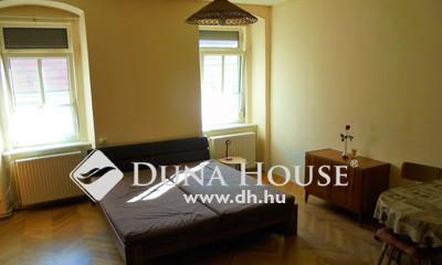 Eladó Lakás, Győr-Moson-Sopron megye, Sopron, Belváros,csendes korszerű I.emelet,36 m2 parkolós